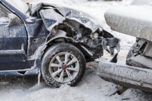 发出了车祸受了点轻伤和惊吓,到底是私了还是走保险呢?